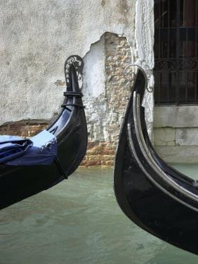Venice, Italy by Keith Levit