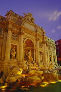 Trevi Fountain, Rome, Italy by Ken Gillham