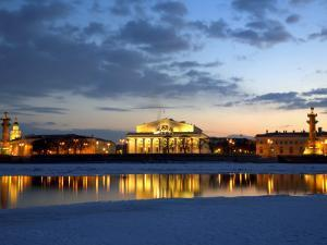 Russia, St;Petersburg; the Partly Frozen Neva River with the Maritime Musem and Two Rostral Columns by Ken Sciclina