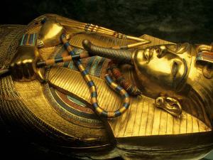 Golden Coffin of Tutahkhamun, Valley of the Kings, Egypt by Kenneth Garrett