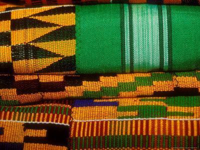 https://imgc.allpostersimages.com/img/posters/kente-cloth-artist-alliance-gallery-accra-ghana_u-L-P5855G0.jpg?p=0