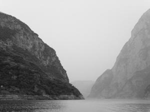 China, Yangtze River, Three Gorges, Landscape of the Xiling Gorge by Keren Su