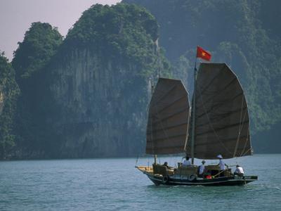 Junk Sailing, Ha Long Bay, Vietnam by Keren Su