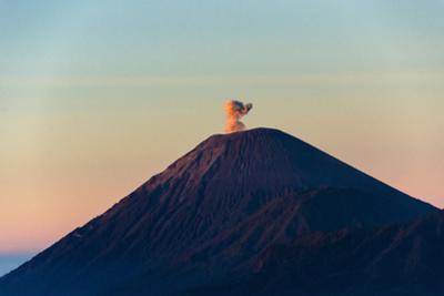 Mount Semeru at Dawn, Bromo Tengger Semeru NP, East Java, Indonesia by Keren Su