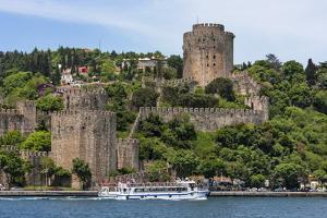 Rumeli Castle, Istanbul, Turkey by Keren Su