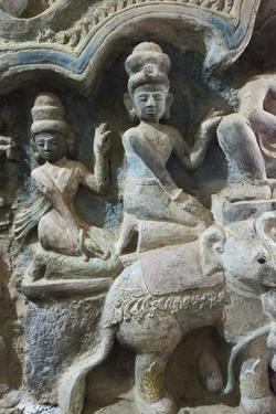 Stone carving in Shitthaung Temple, Mrauk-U, Rakhine State, Myanmar by Keren Su