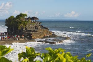 Tanah Lot. Bali Island, Indonesia by Keren Su