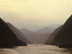 Three Gorges, Yangtze River, China by Keren Su