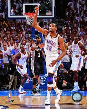 Kevin Durant Celebrates at the end of Game Six of the Western Conference Finals
