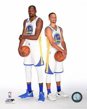 Kevin Durant & Stephen Curry 2016-17 Posed