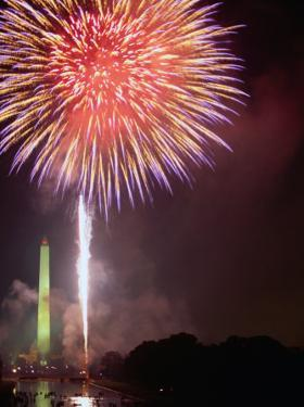 Fireworks Above Washington Monument on 4th of July, Washington DC, USA by Kevin Levesque