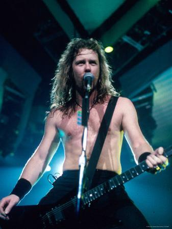 James Hetfield, Lead Singer of Metallica, Performing