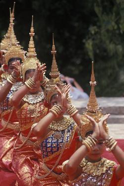 Khmer Dancers, Wat Phnom Chaul Chhnaim, New Year's Celebration, Phnom Penh, Cambodia