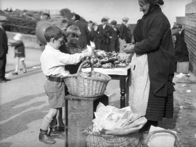 Kids Buying Crabs