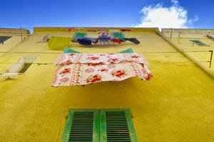 Laundry Drying in Alghero by Kike Calvo
