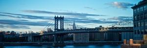 The Manhattan Bridge over the East River by Kike Calvo