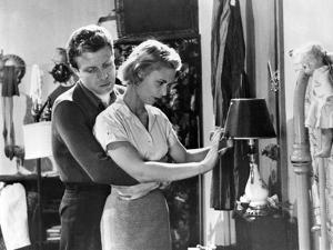 KILLER'S KISS, 1955 directed by STANLEY kUBRICK Jamie Smith / Irene Kane (b/w photo)