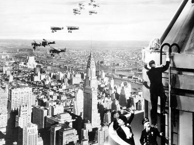 https://imgc.allpostersimages.com/img/posters/king-kong-fay-wray-1933_u-L-Q12PDD30.jpg?artPerspective=n