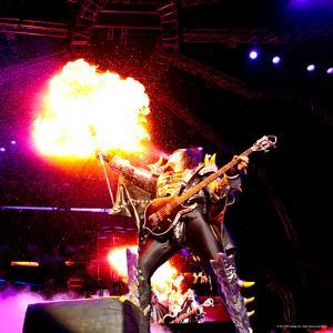 KISS - 40th Anniversary Tour Live - Gene Simmons Demon Spitting Fire