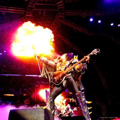 KISS - 40th Anniversary Tour Live - Gene Simmons Demon Spitting Fire