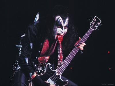 KISS - Gene Simmons Blood 1973
