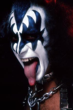 KISS - Gene Simmons Demon Tongue 1977