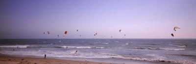 Kite Surfers over the Sea, Waddell Beach, Waddell Creek, Santa Cruz County, California, USA
