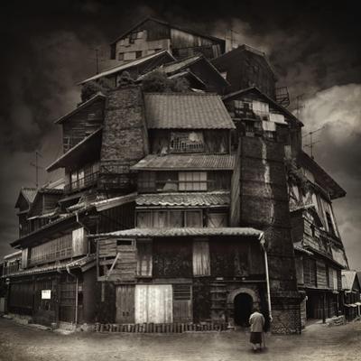 Big old house by Kiyo Murakami
