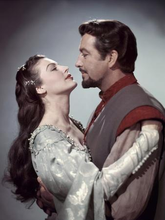 https://imgc.allpostersimages.com/img/posters/knights-of-the-round-table-1953-directed-by-richard-thorpe-ava-gardner-and-robert-taylor-photo_u-L-Q1C40UN0.jpg?artPerspective=n