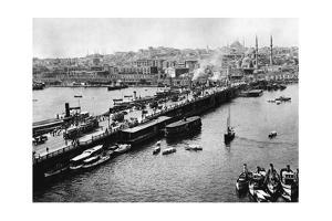 Galatabrücke in Istanbul, 1941 by Knorr & Hirth