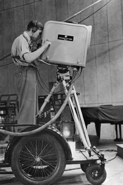 Historische Fernsehkamera, 1938 by Knorr & Hirth