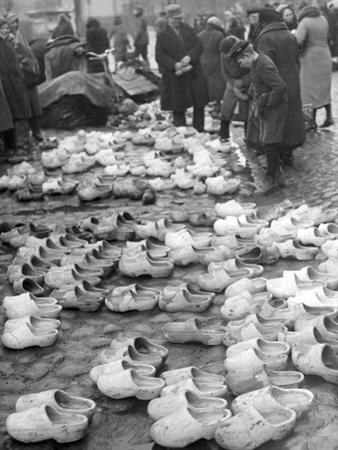 Holzschuhmarkt in Memel, 1939