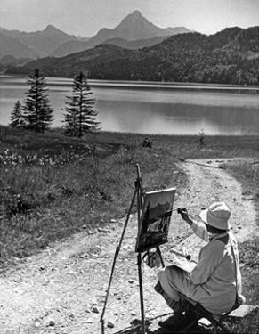 A Woman Is Painting at the Weißensee Near Füssen, 1934 by Knorr Hirth Süddeutsche Zeitung Photo