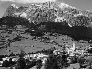 Cortina D'Ampezzo, 1930's by Knorr Hirth Süddeutsche Zeitung Photo