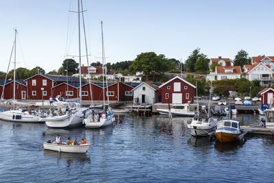 https://imgc.allpostersimages.com/img/posters/koster-islands-vastra-gotaland-region-sweden-scandinavia-europe_u-L-PWFLI80.jpg?artPerspective=n