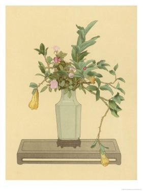 Horned Orange and Rose Used with a Vase Bearing the Signature of Chien-Lung to Form an Arrangement by Koun Ohara