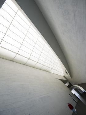 The Kiasma Museum of Contemporary Art by Krzysztof Dydynski