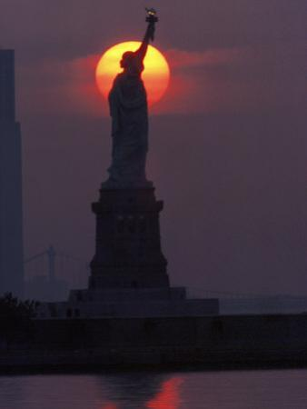 Statue of Liberty, Sunset, NYC by Kurt Freundlinger