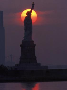 Statue of Liberty, Sunset, NYC by Kurt Freundlinger