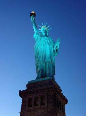 Statue of Liberty by Kurt Freundlinger