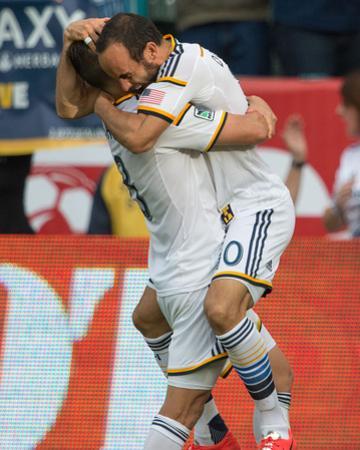 2014 MLS Cup Final: Dec 7, New England Revolution vs LA Galaxy - Jermaine Jones, Landon Donovan by Kyle Terada