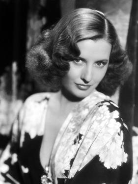 L'actrice americaine Barbara Stanwyck (1907- 1990) dans les annees 30 IN THE 30'S (b/w photo)