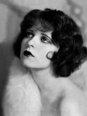 L'actrice americaine Clara Bow (1905- 1965) (b/w photo)
