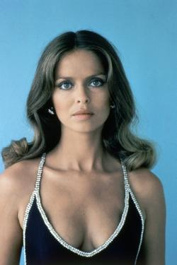 L' Espion qui m'aimait THE SPY WHO LOVED ME by LewisGilbert with Barbara Bach, 1977 (photo)