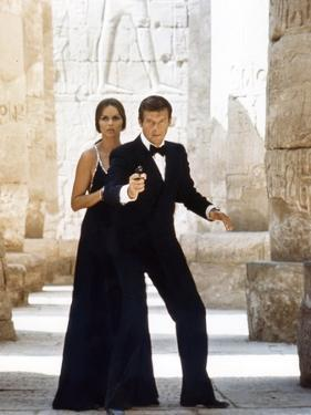 L' Espion qui m'aimait THE SPY WHO LOVED ME by LewisGilbert with Roger Moore and Barbara Bach, 1977