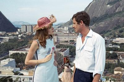 https://imgc.allpostersimages.com/img/posters/l-homme-by-rio-by-philippedebroca-with-francoise-dorleac-and-jean-paul-belmondo-1964-photo_u-L-Q1C2N3Y0.jpg?artPerspective=n