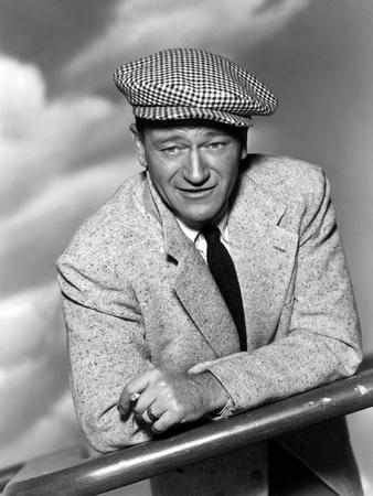 https://imgc.allpostersimages.com/img/posters/l-homme-tranquille-the-quiet-man-by-johnford-with-john-wayne-1952-b-w-photo_u-L-Q1C22FC0.jpg?artPerspective=n