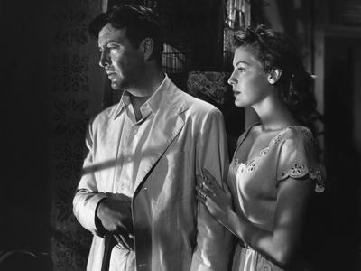 https://imgc.allpostersimages.com/img/posters/l-ile-au-complot-the-bribe-by-robertleonard-with-ava-gardner-and-robert-taylor-1949-b-w-photo_u-L-Q1C1K3V0.jpg?artPerspective=n