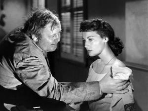 L'ile au complot THE BRIBE by RobertLeonard with Charles Laughton and Ava Gardner, 1949 (b/w photo)
