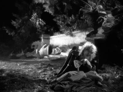 https://imgc.allpostersimages.com/img/posters/la-belle-and-la-bete-by-jeancocteau-with-josette-day-and-jean-marais-1946-b-w-photo_u-L-Q1C2Z3J0.jpg?artPerspective=n